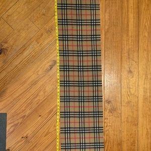 Burberry plaid scarf